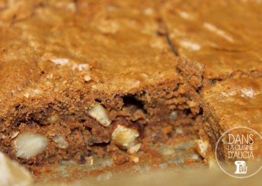 Découpe brownies noisettes