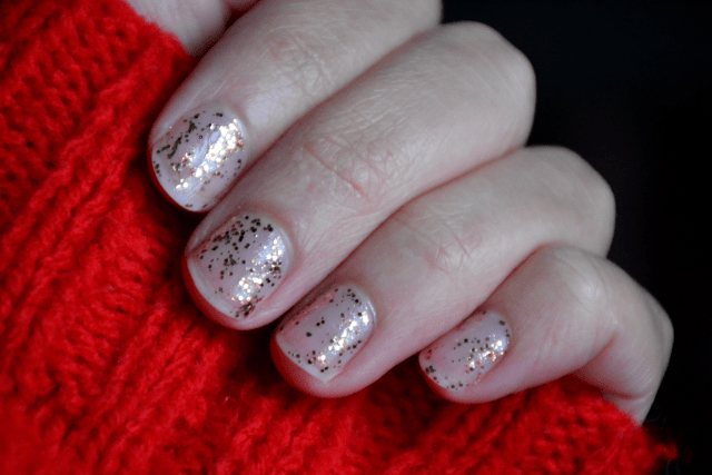 Pull rouge - Vernis
