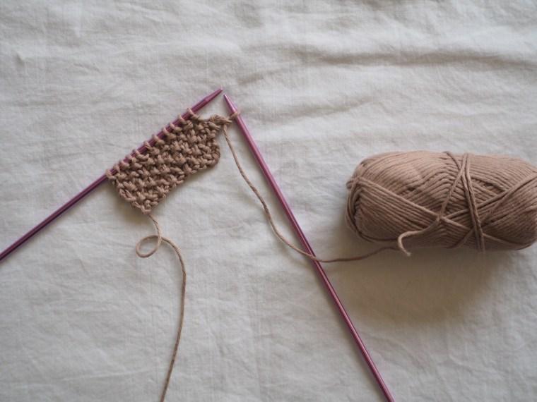 Le point de riz au tricot