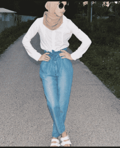 hijab kemeja putih casual