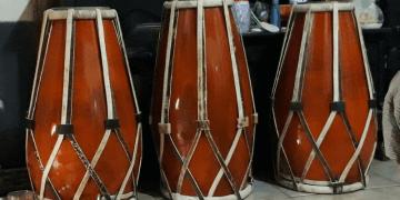 Gambar Alat musik tradisional dan fungsinya gendang