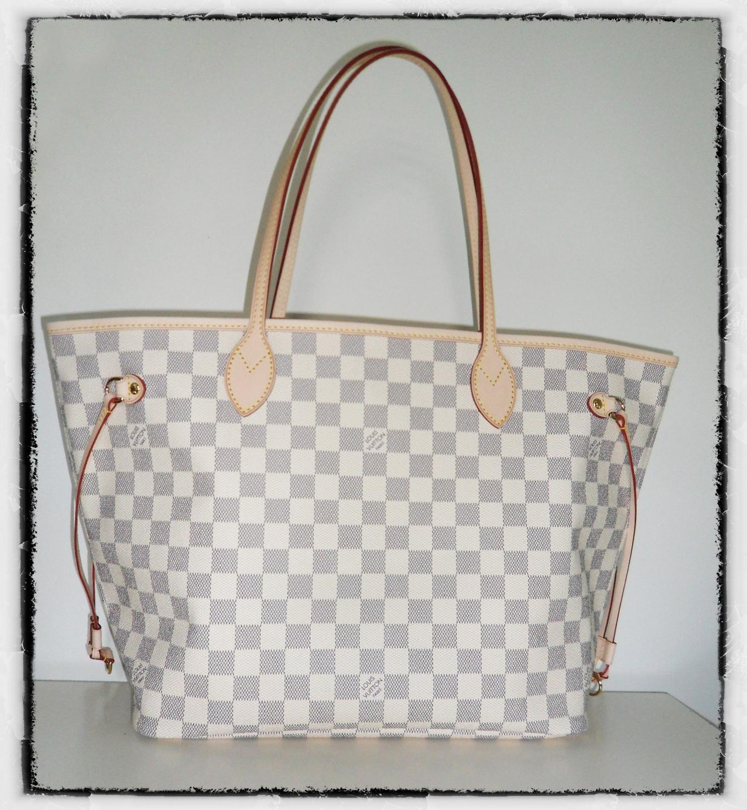 25789656cab Mon nouveau copain sac   le Neverfull Damier Azur de Louis Vuitton - Dans  Mon Sac de Fille