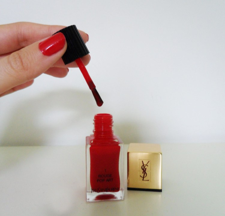 Yves Saint Laurent Vernis à Ongles Rouge Pop Art Laque Couture