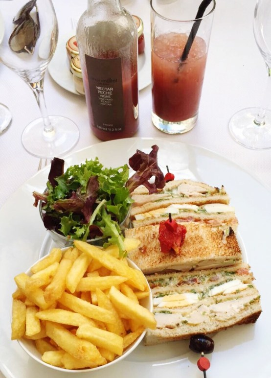 Restaurant Westin Hotel Le First Paris club sandwich
