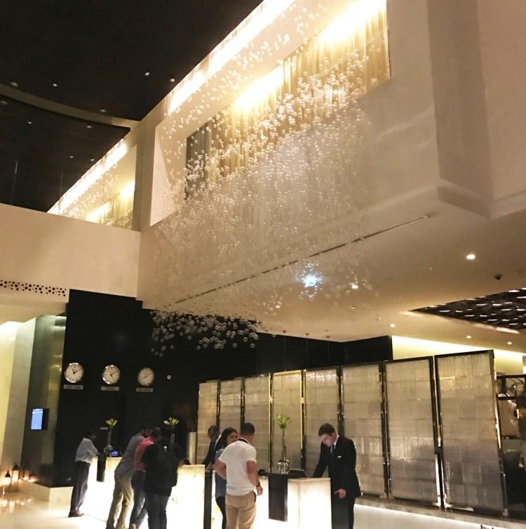 L'hôtel de luxe 5 étoiles Sofitel Corniche à Abu Dhabi avis blog photo