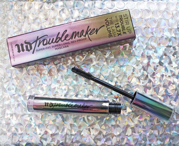 Mon avis sur le mascara Troublemaker d'Urban Decay blog maquillage dans mon sac de fille