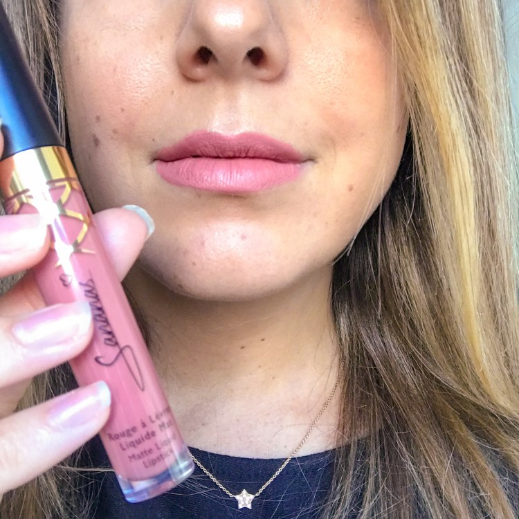 J'ai testé le lipstick Rosier Than Ever de Sananas beauty blog swatch avis