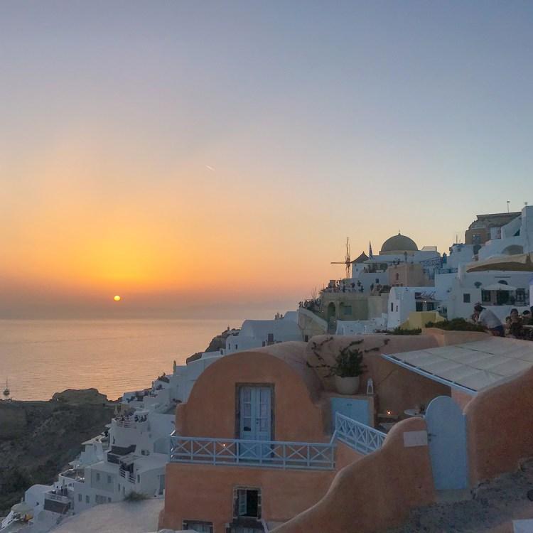 Vacances à Santorin mon séjour à l'hôtel Filotera Suites avis blog photos oia coucher de soleil