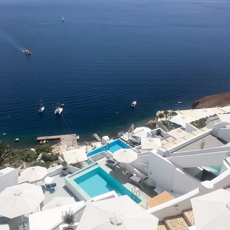 Vacances à Santorin mon séjour à l'hôtel Filotera Suites avis blog photos oia piscine