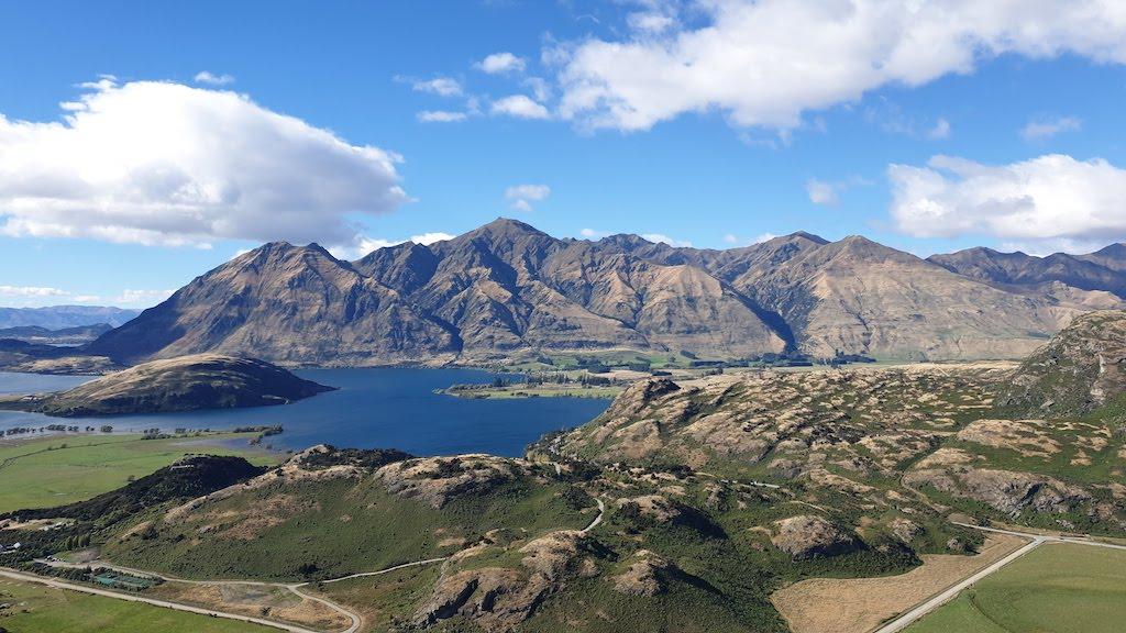 Diamond Lake and Rocky Peak