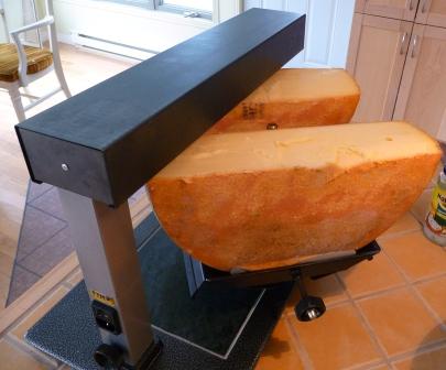 choisir un four raclette traditionnel suisse dans notre maison. Black Bedroom Furniture Sets. Home Design Ideas