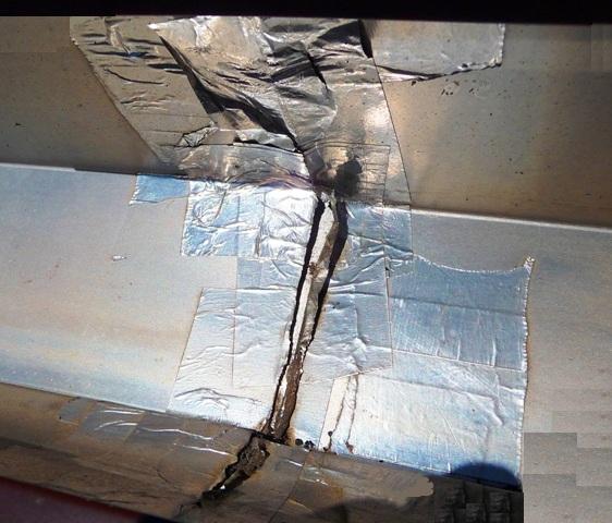 comment r parer les fuites des joints de goutti res dans notre maison. Black Bedroom Furniture Sets. Home Design Ideas