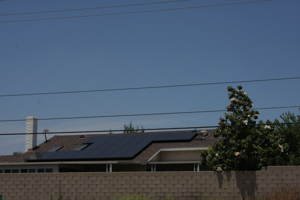 My neighbor's Sungevity solar installation today...photos! (5/6)