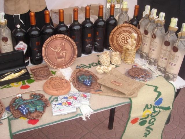 Republica Moldova - Targ de caritate, MAE Chinez 02.11.2013 AA