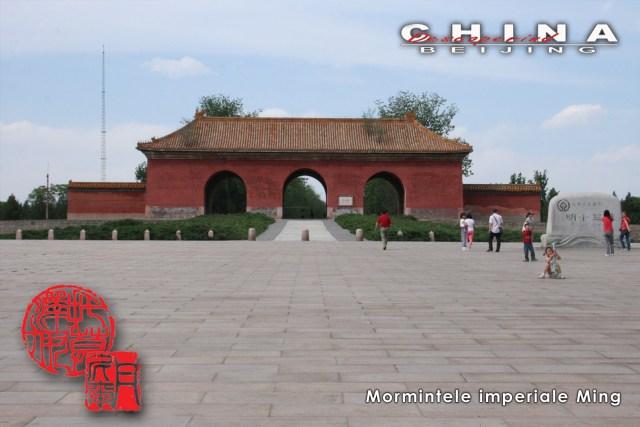6 Mormintele Ming 44