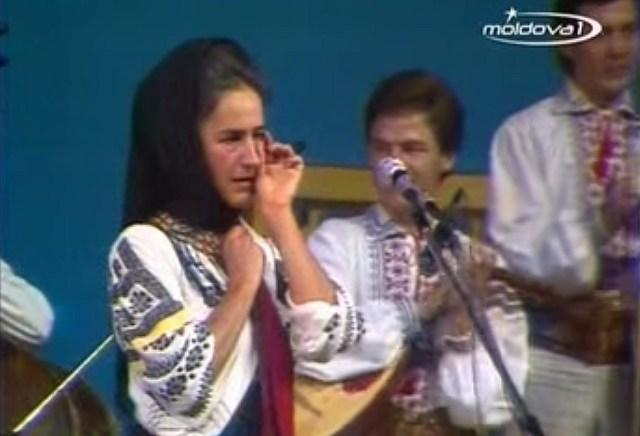 Sofia Vicoveanca la Chisinau, septembrie 1988 C