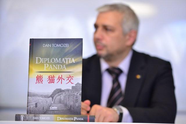 Dan Tomozei, Diplomatia Panda - Craiova, 21.04.2015