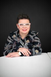 Danuta Sowińska autorka zdjęcia Jowita Pawluczy dla Fundacji Sukcesu Pisanego Szminką