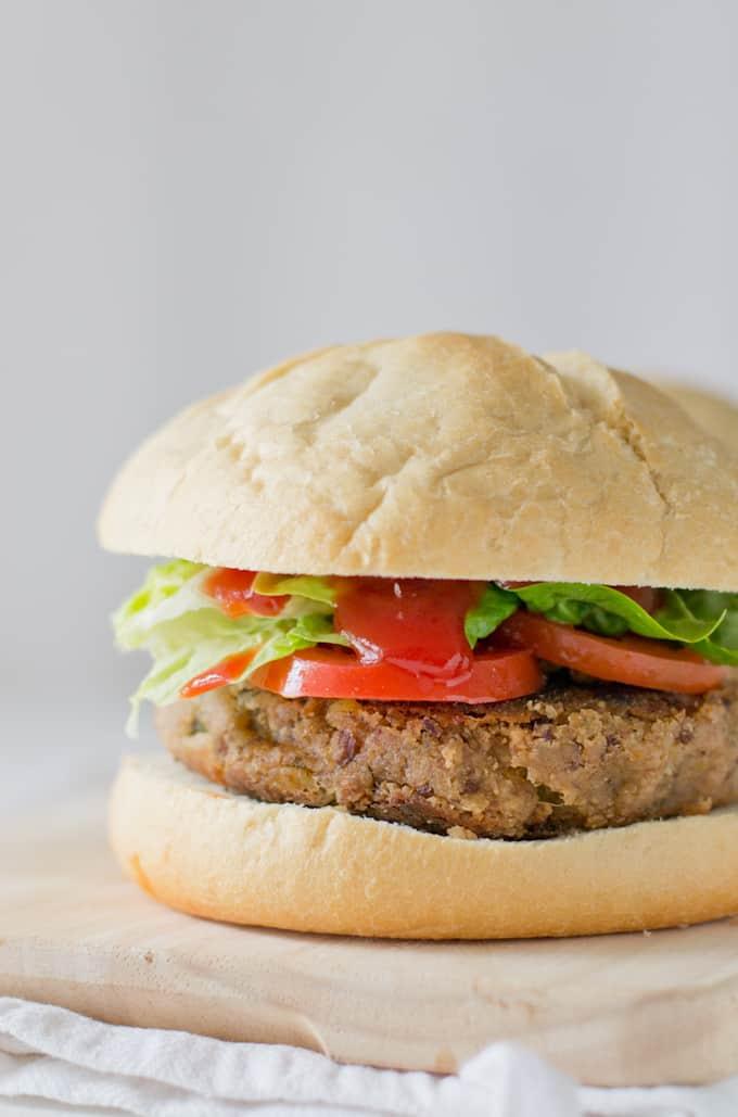 Hamburguesa  Vegetariana via danzadefogones.com