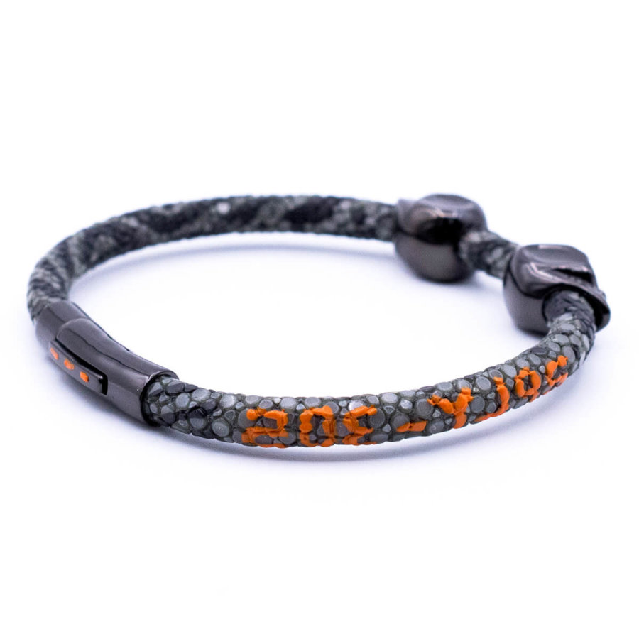 Grey stingray bracelet with black Skull for man 4/10 size 20cm (DB305)