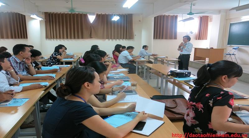 Tuyển sinh Trung cấp Hành chính văn thư tại TP.HCM