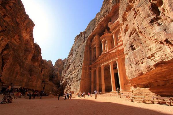Bezoek Al Khazneh (de Schatkamer) tijdens je route Jordanië