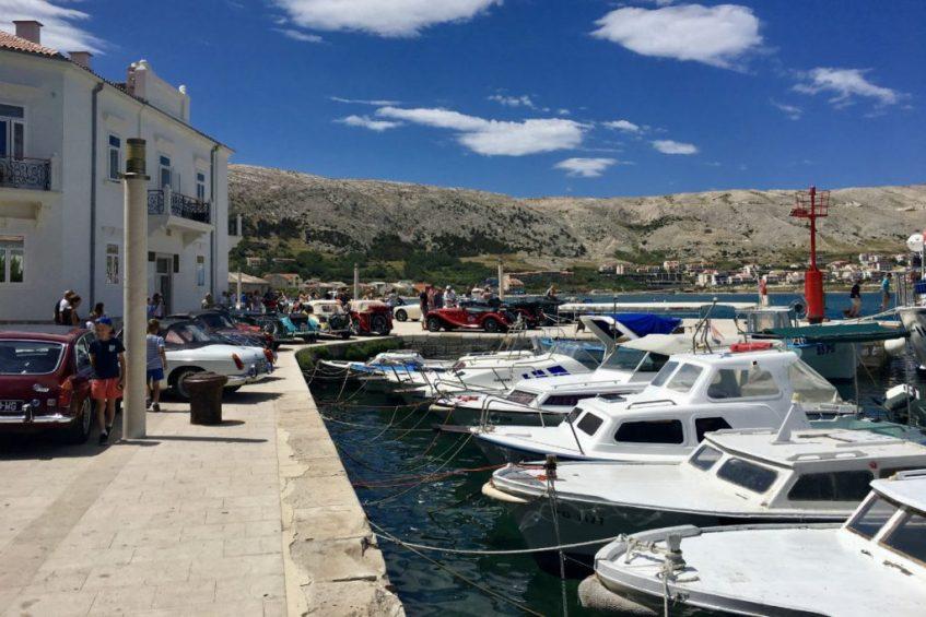 Het gezellige stadje Pag rondreis dalmatie in kroatie