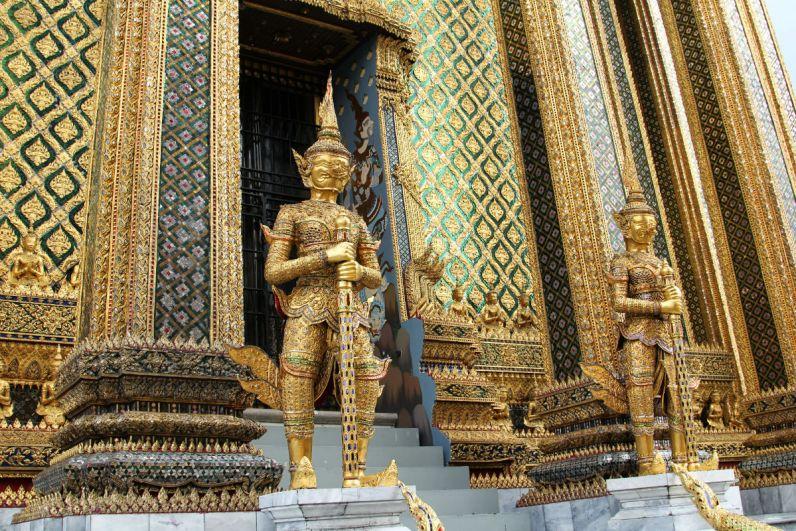 Thailand bezoeken en de tempels in Bangkok ontdekken