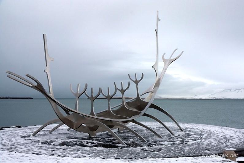 In ijsland moet je zeker reykjavik niet overslaan bezoek ook het sunship
