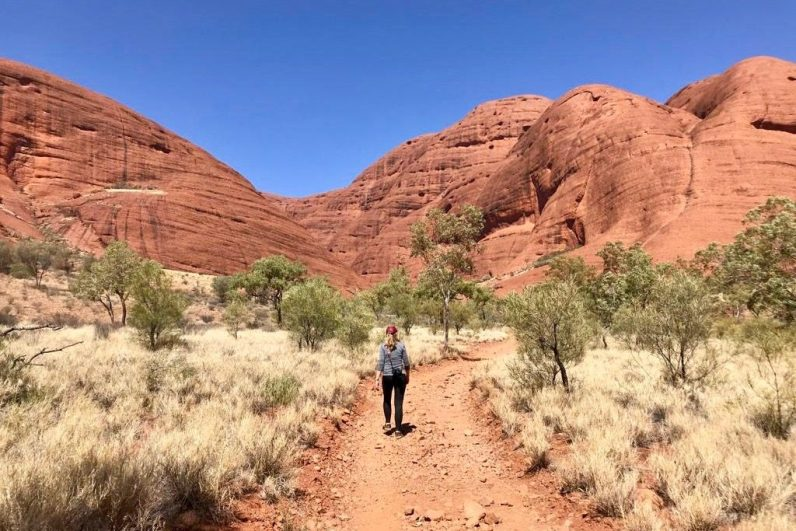Wandel in Australië in Kata Tjuta National Park en ervaar de echte outback van Australië