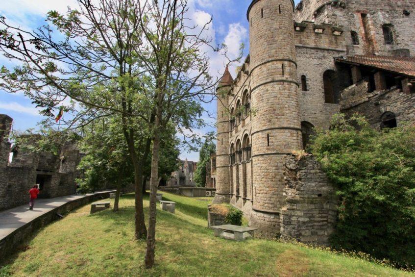 Doen in Belgie: Breng een bezoek aan kasteel Gravensteen