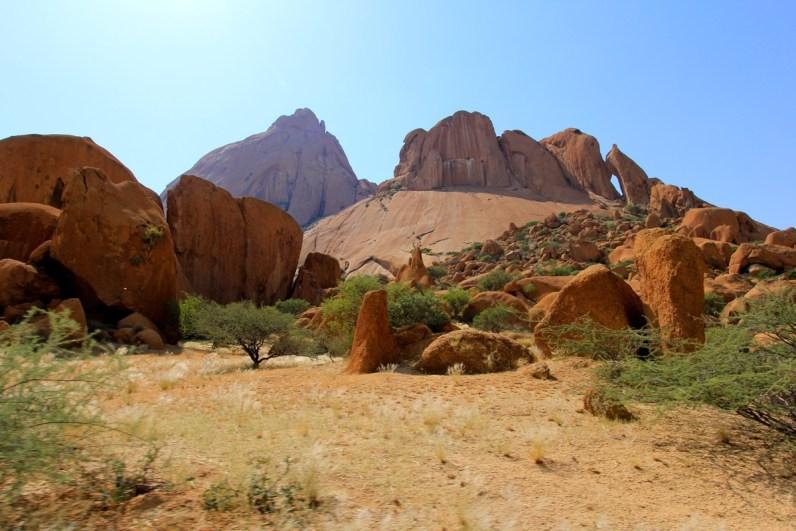 Magisch Spitzkoppe is ook een van de namibie bezienswaardigheden die je niet mag missen