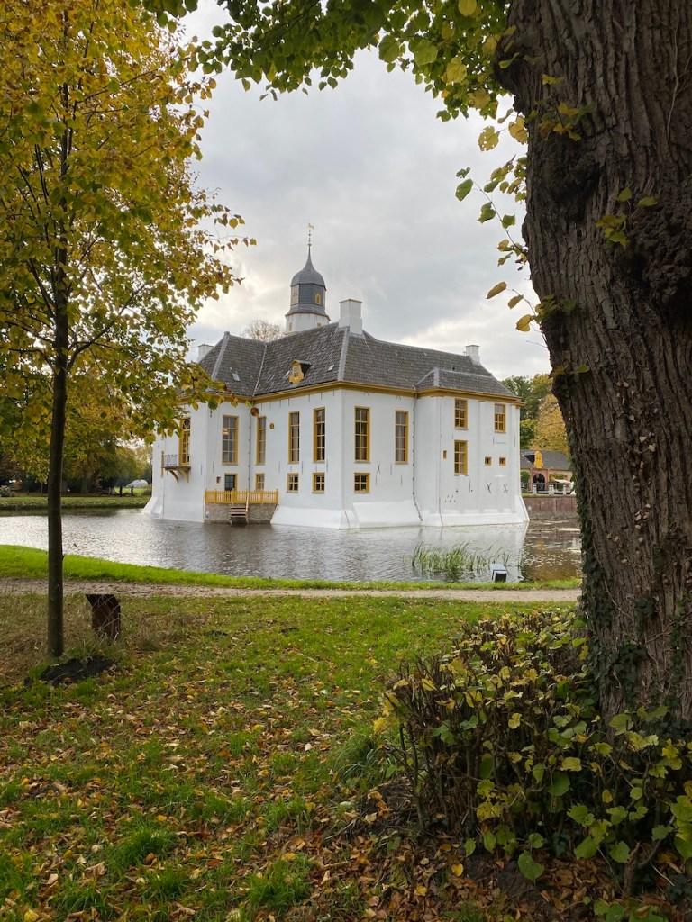Wandelen in Groningen? Ga wandelen rond de Fraeylemaborg in Slochteren