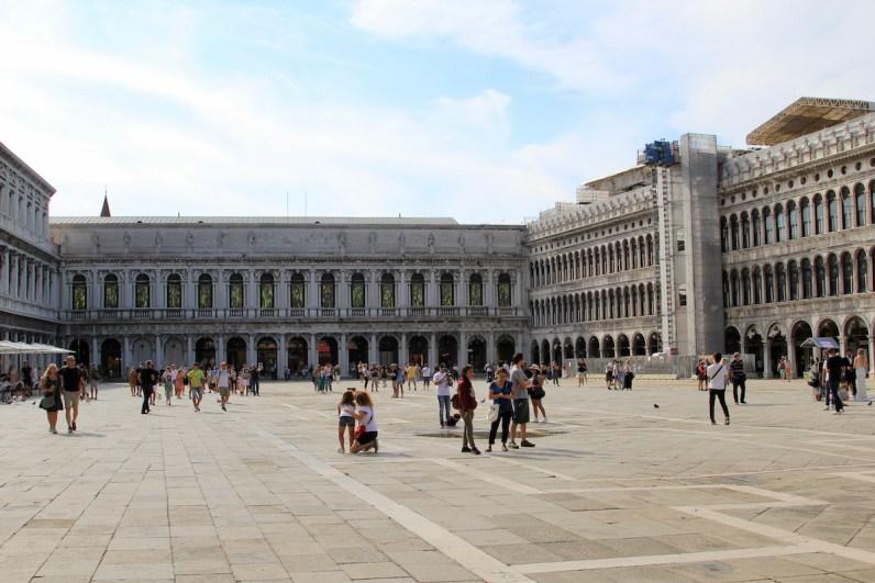 Bezoek in Venetie zeker het San Marco Plein een niet te missen highlight in Venetie