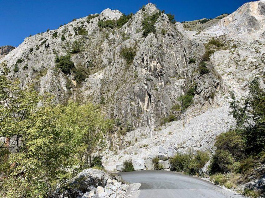 Carrara bezoeken in Toscane is een activiteit die je niet mag overslaan
