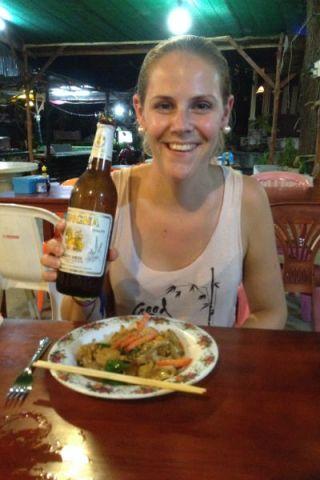 Verrukkelijke Thaise maaltijd met een heerlijk Singha biertje