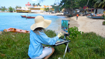 Daphne Wynne Nixon paints Fisherman's Beach