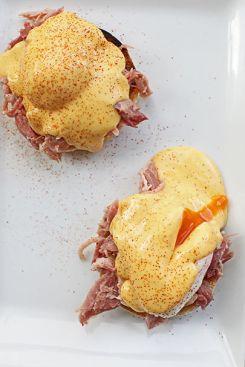 eggs benedict 3