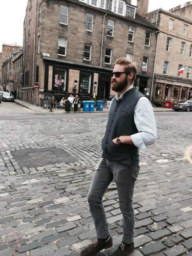 A Dapper Chap rocking the Tens Classics on the streets of Edinburgh.