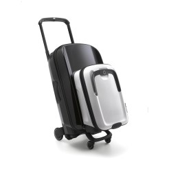 Bugaboo_Boxer White Pure on Black Travel Case