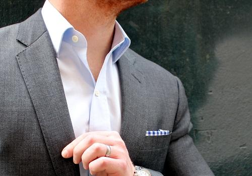 Semi-spread collar dress shirt