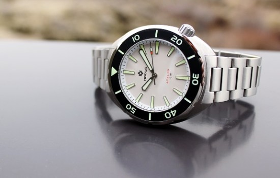 In Review: The Nodus Avalon Automatic Dive Watch | Dappered.com