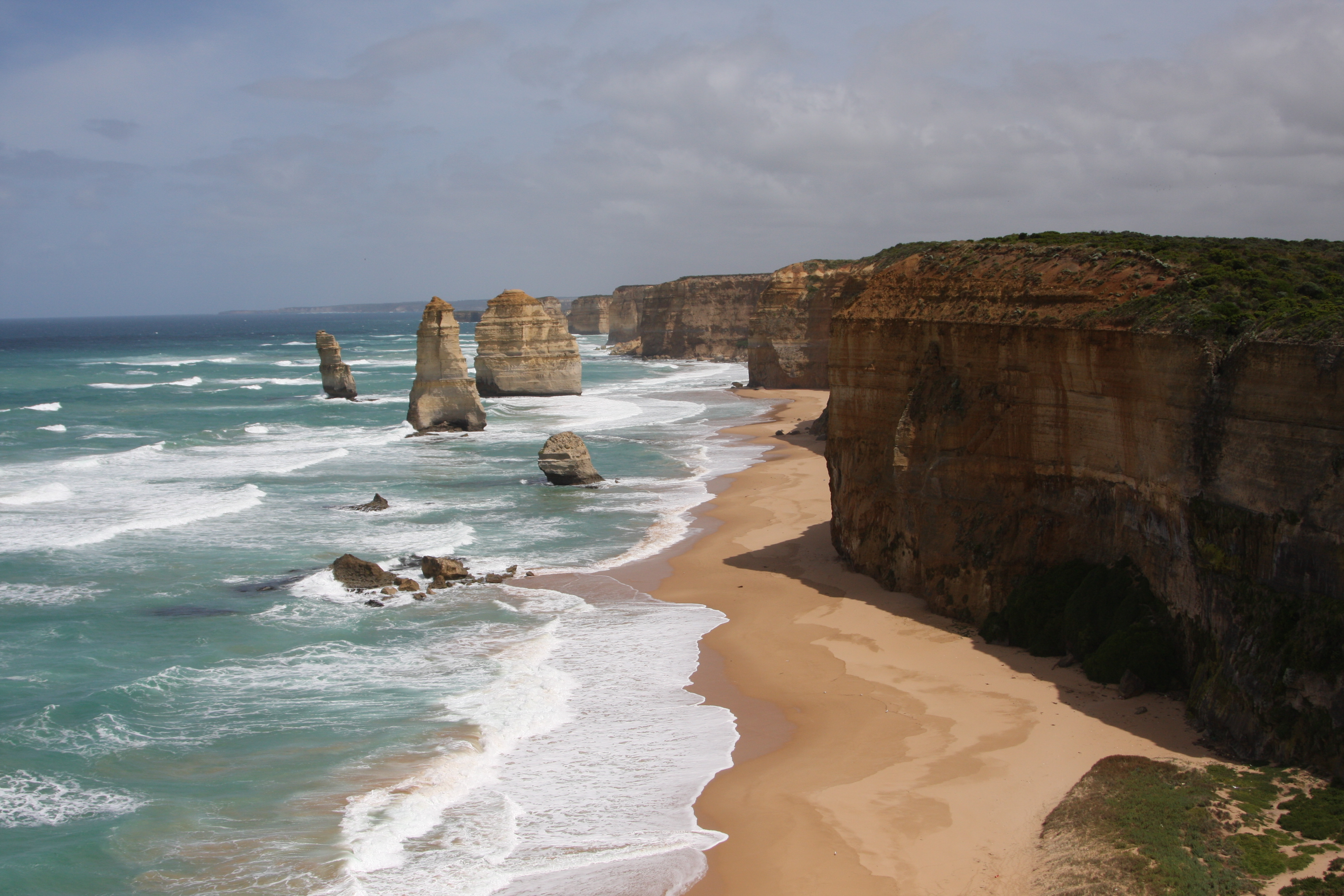 Spectacular view at a stop on the Great Ocean Road
