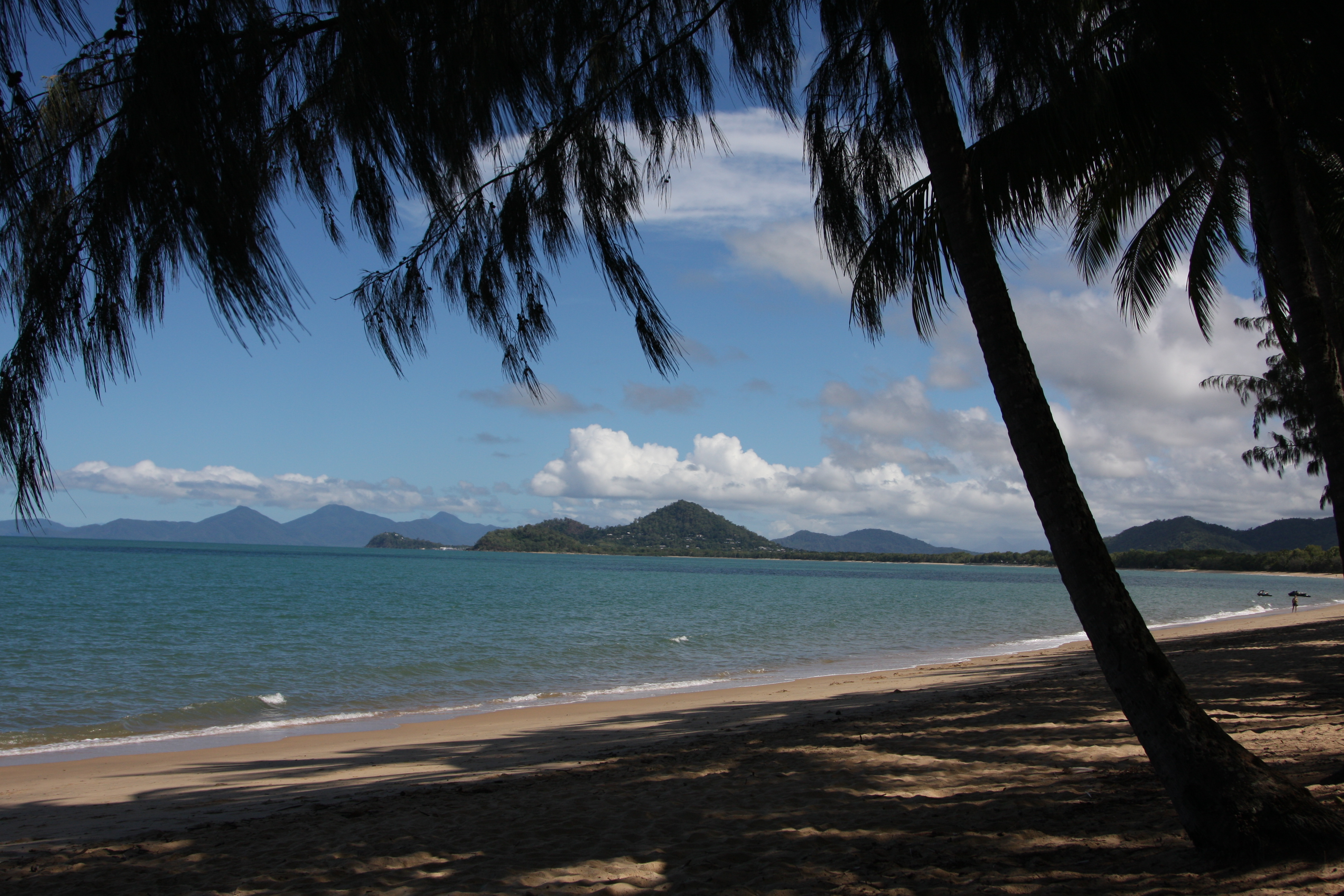 view of the ocean from the beach in Palm Cove