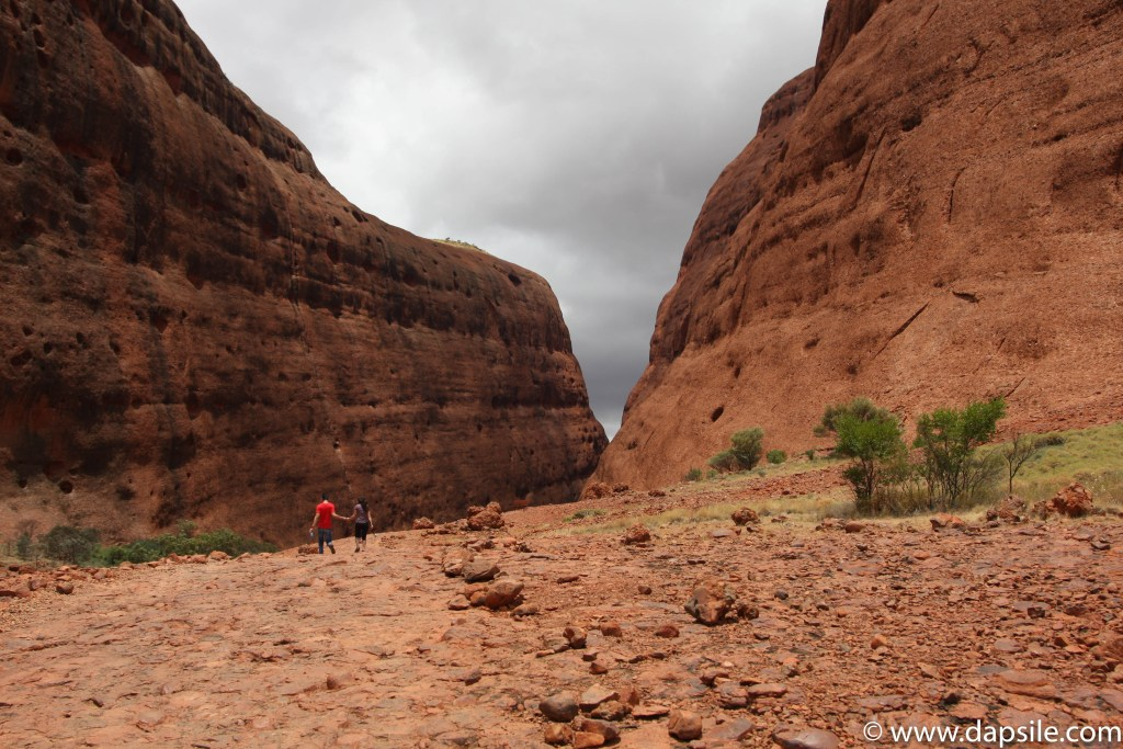 Walpa Gorge Path a tour from Alice Springs to Uluru