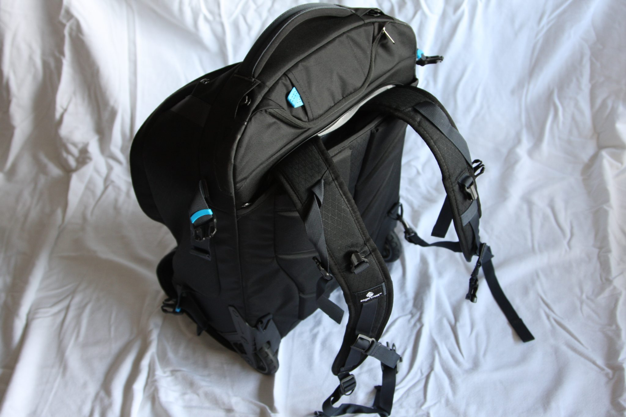 Eagle Creek Doubleback Wheeled Backpack straps