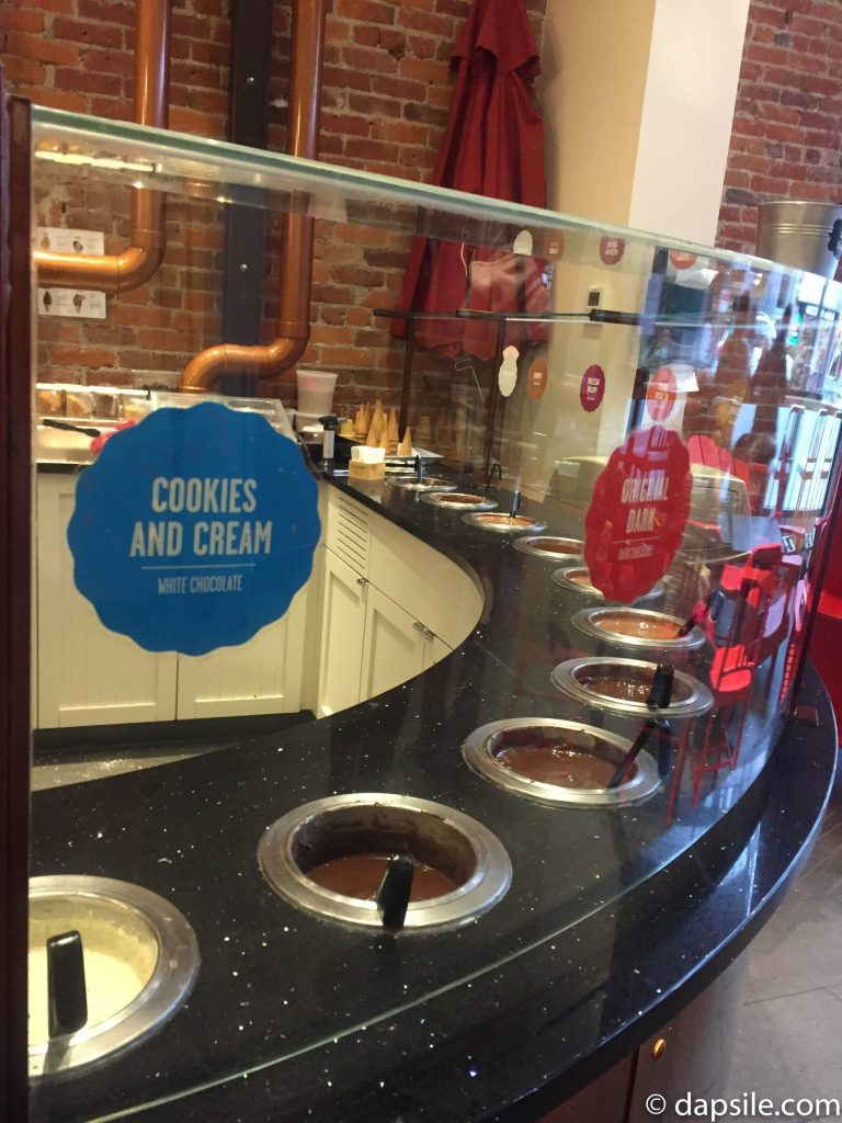 Things to do in Victoria Chocolats Favoris Ice Cream Dips
