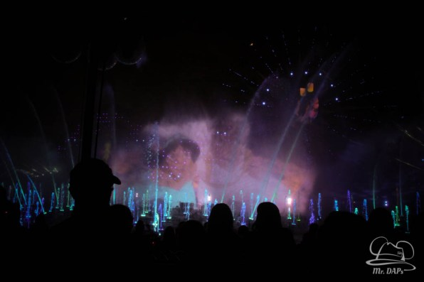 Disneyland 60th Anniversary Celebration World of Color - Celebrate-142