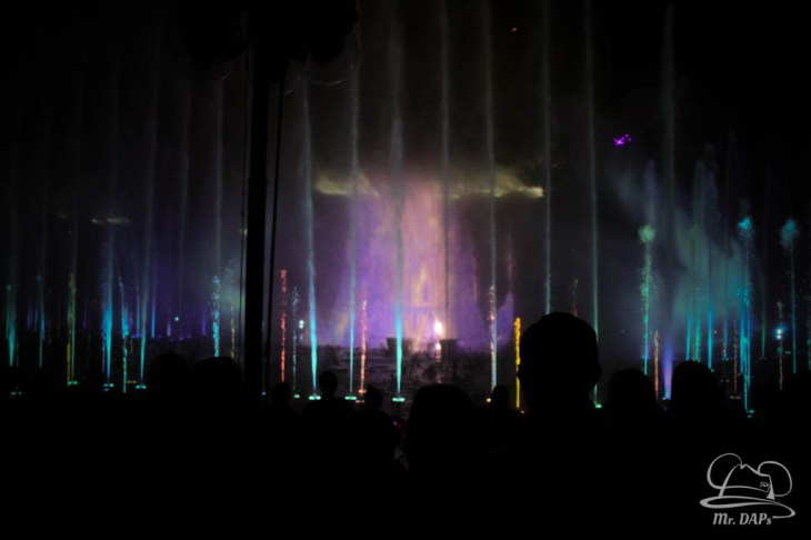 Disneyland 60th Anniversary Celebration World of Color - Celebrate-82