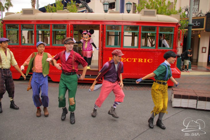 Minnie Mouse Joins Mickey Mouse in Red Car Trolley News Boys-1